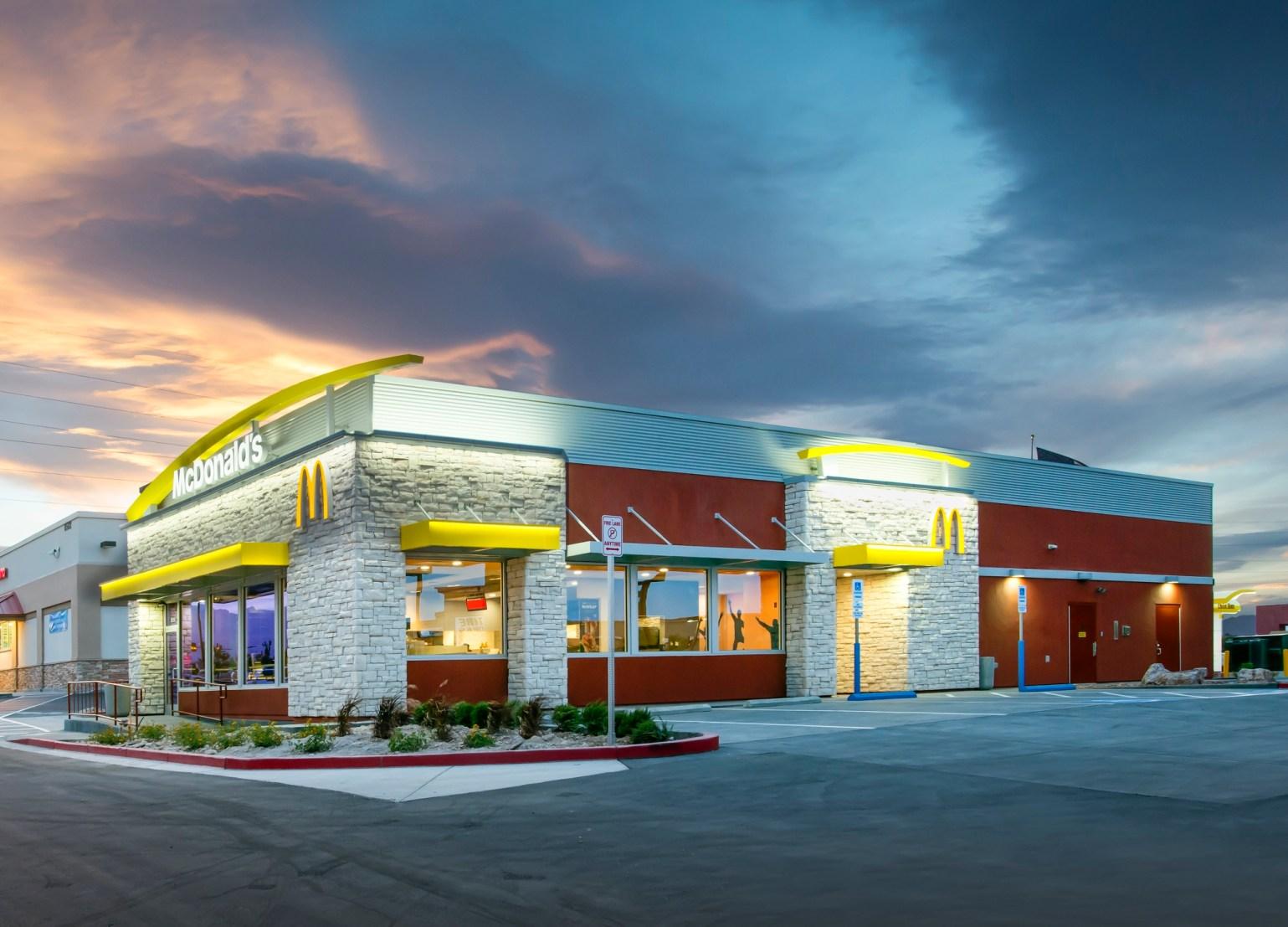 Capgemini é contratada para desenvolver, implementar e manter restaurantes e tecnologias digitais do McDonald's