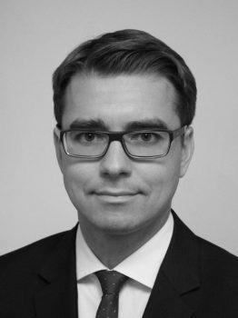 Dr. Paul Lokuciejewski