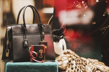 Blockchain: cracking the provenance challenge for luxury goods