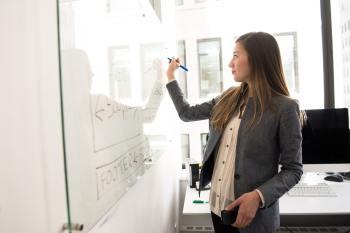 Frauen in Führungspositionen: Den eigenen Führungsstil entwickeln