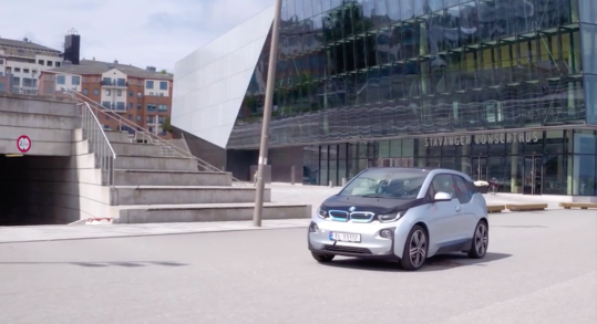 Smartly drives Norway to the future of electric cars