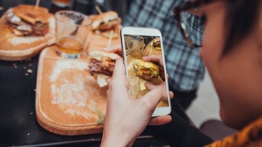 Une grande chaîne de restauration rapide américaine offre une expérience digitale personnalisée à ses clients