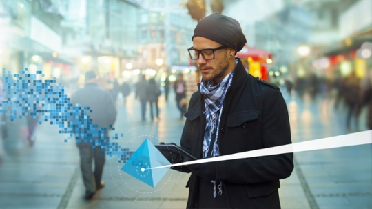 Real-time Dialogue: Re-establishing a Conversation with your Customers in a Digital World