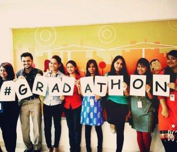 50 años pero jóvenes de corazón—El espíritu del #Gradathon