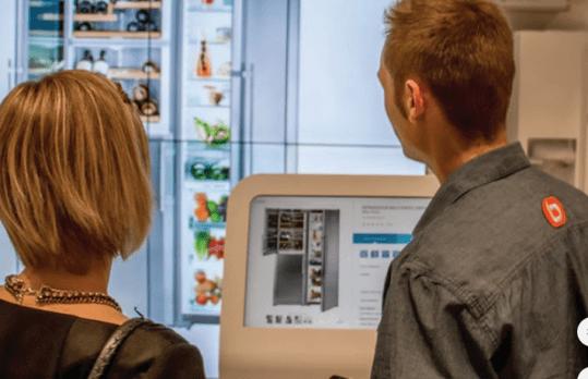Boulanger geeft vestigingen in grote steden een vliegende start met een spannend nieuw concept: virtuele muren waar onder andere de gehele productportfolio op wordt gepresenteerd