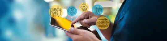 Naar de klant wordt slecht geluisterd: wat kunnen wij van uitblinkers in digitale klantbeleving leren over voeling houden met de klant?