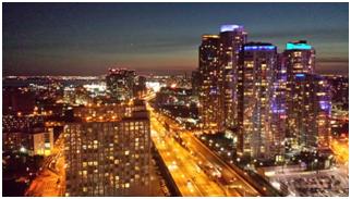 The Toronto kyline at night