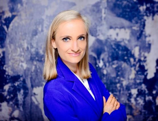 Dr. Sabrina Zieren